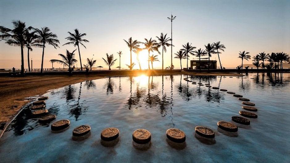 Durban Reisen und Sehenswürdigkeiten: Paradise Pools am Durban Beach