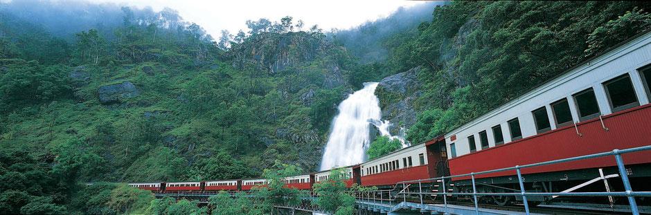 Cairns Sehenswürdigkeiten Mit dem Zug nach Kuranda