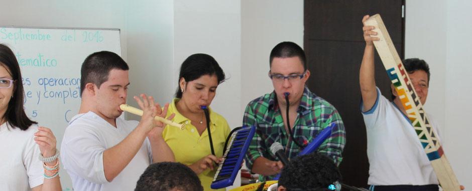 Musikunterricht Fundacion Amadeus Kolumbien direkt e.V.