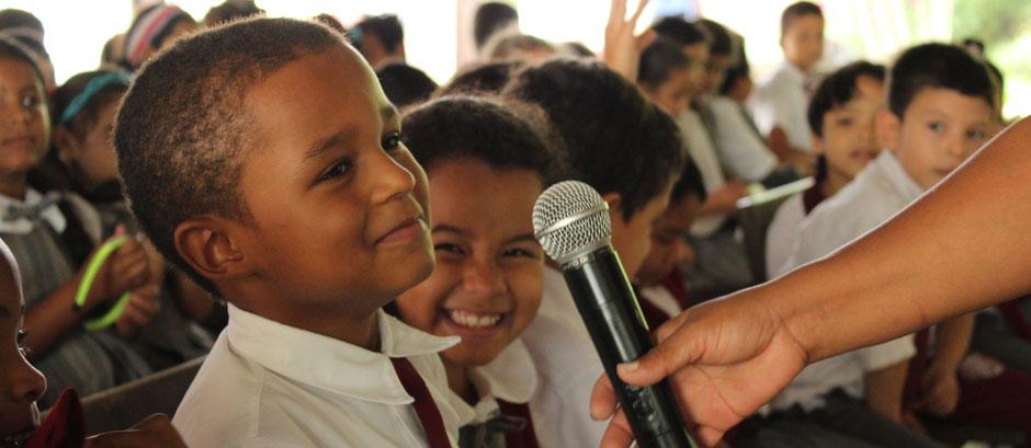 Grundschüler beantwortet Fragen, Antworten von Kolumbien direkt e.V.