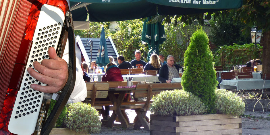 Biergarten in Flintsbach am Inn, Gasthof Falkenstein