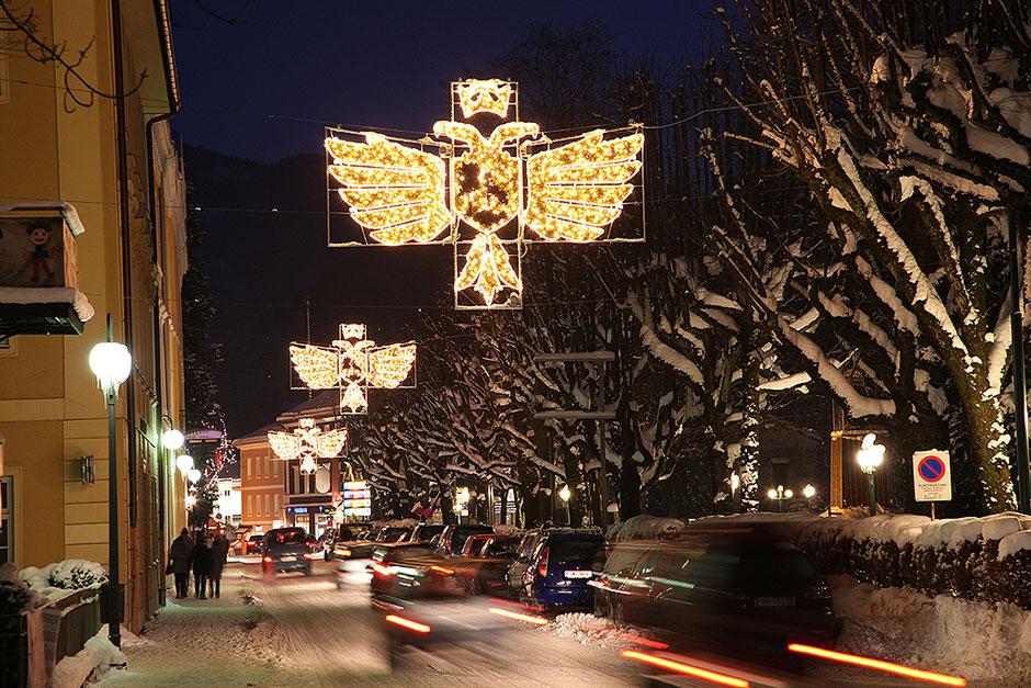 Bad Ischl, Oö., Weihnachtsbeleuchtung Wirerstraße,   (c) Foto Hofer
