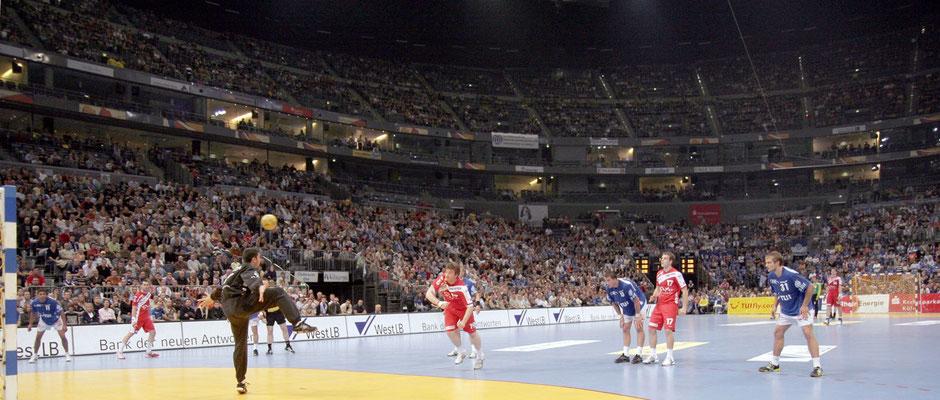 Spiel des VfL Gummersbach in der Köln-Arena