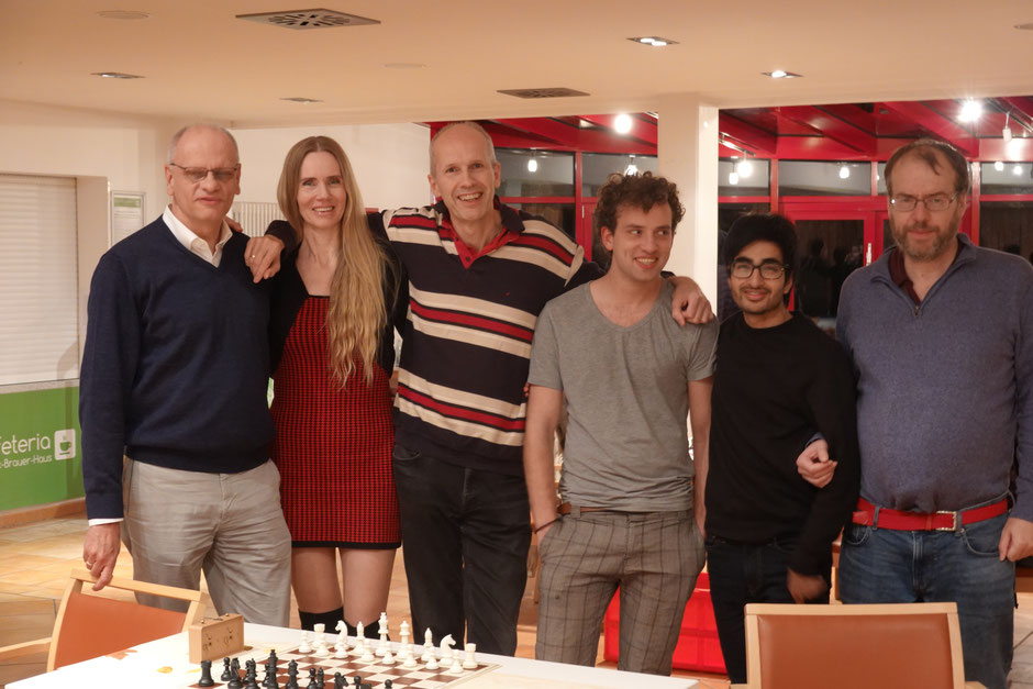 Die Volksdorfer Gang hatte Spaß in Farmsen: Kajo, Uschi, Ralf, Daniel, Lokendra und Roger