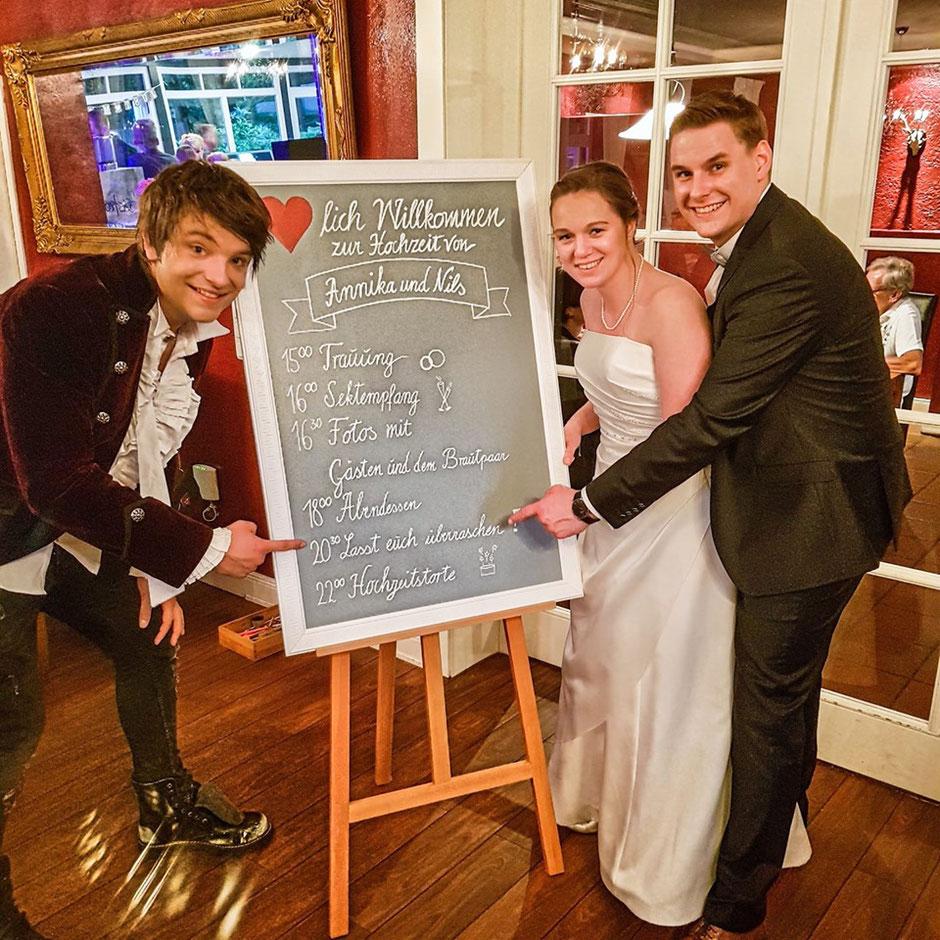 Zauberer KEVIN KÖNEKE für Hochzeitsfeiern in Hamburg, Schleswig Holstein