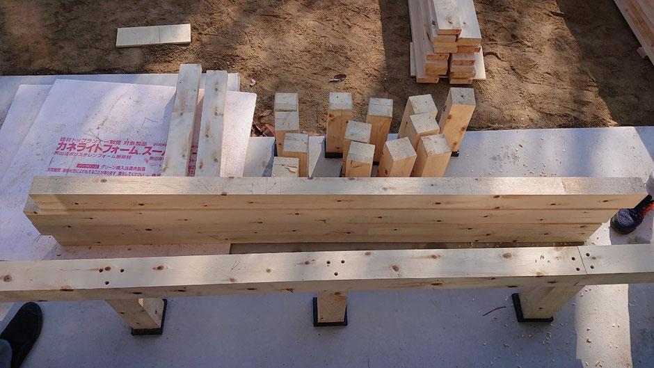 奈良県吉野の阪口製材所の高野槙の無垢材。DIYだと加工は簡単なものがおすすめです。