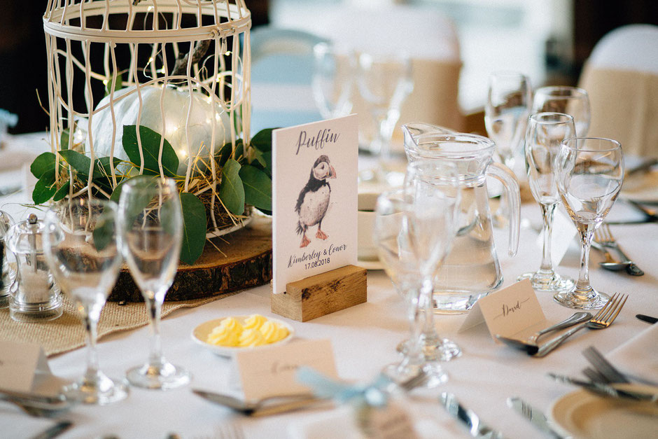 blue pumpkin and bird themed wedding table