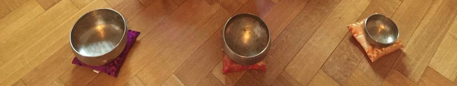 Singing Bowls & Meditation - Evolution Retreats