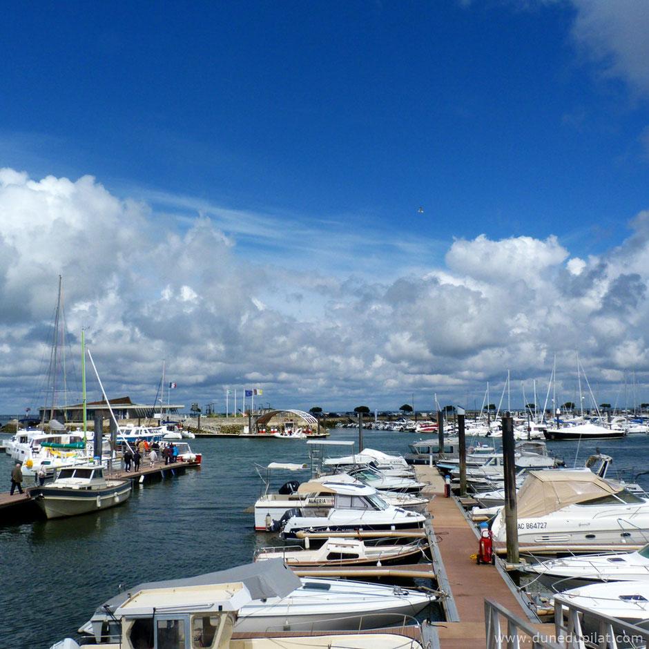 Blick auf den Yachthafen Arcachon