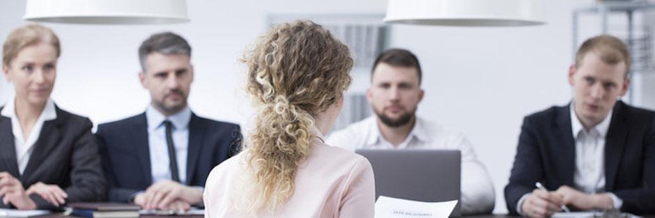 entretien d'embauche plusieurs recruteurs - entretien avec plusieurs recruteurs - entretien avec deux recruteurs - entretien d'embauche face à plusieurs recruteurs - entretien d'embauche à plusieurs - entretien pour un emploi - l'entretien de recrutement