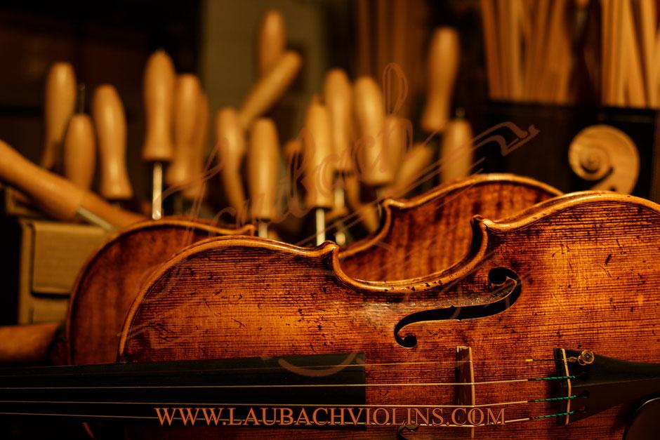Laubach master violin 168 V Antique сколько стоит скрипка от мастерской лаубах