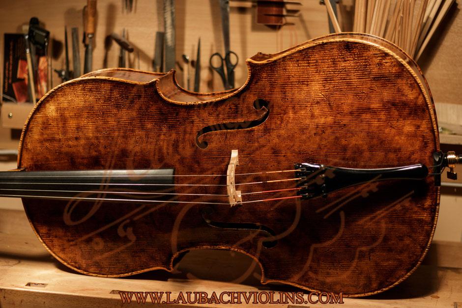 Laubach Meistercello aus ausgewähltem Best akustische europäischem Tonholz