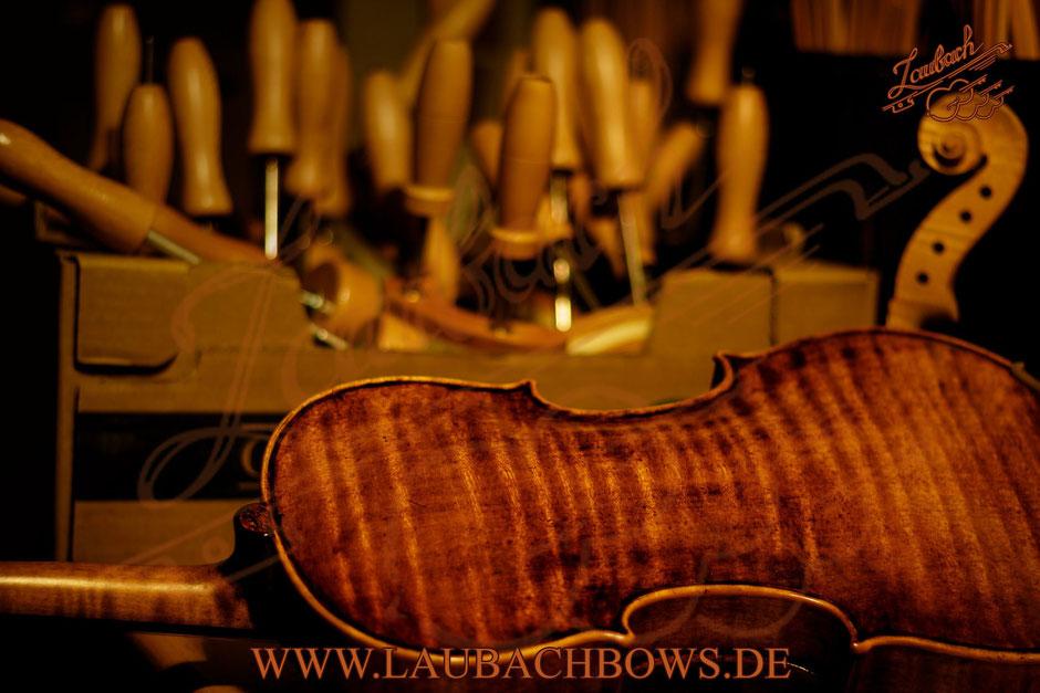Laubach Meistervioline modell 168V Antik  Solo Ein- taligen boden