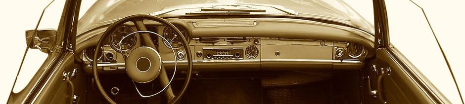 Mood: Innenansicht Oldtimer-Cabrio