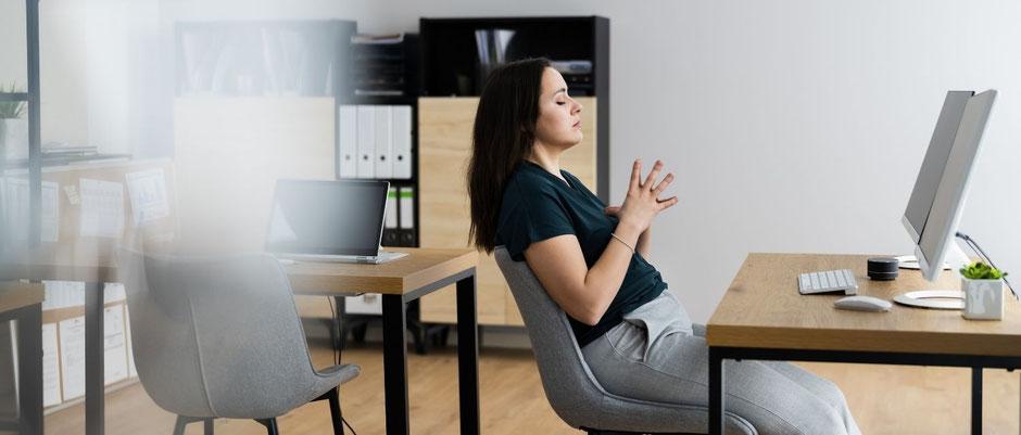 méditer au bureau au travail conseils astuces exercices méditation pleine conscience