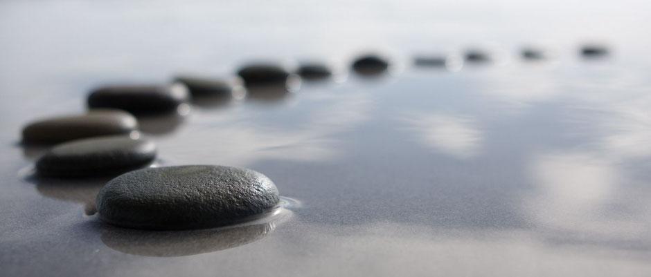 comment bien méditer, seul, combien de temps,  régulièrement pleine conscience