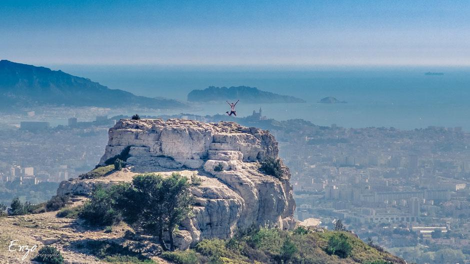 Marseille vue du massif de l'étoile - Photographe de mariage
