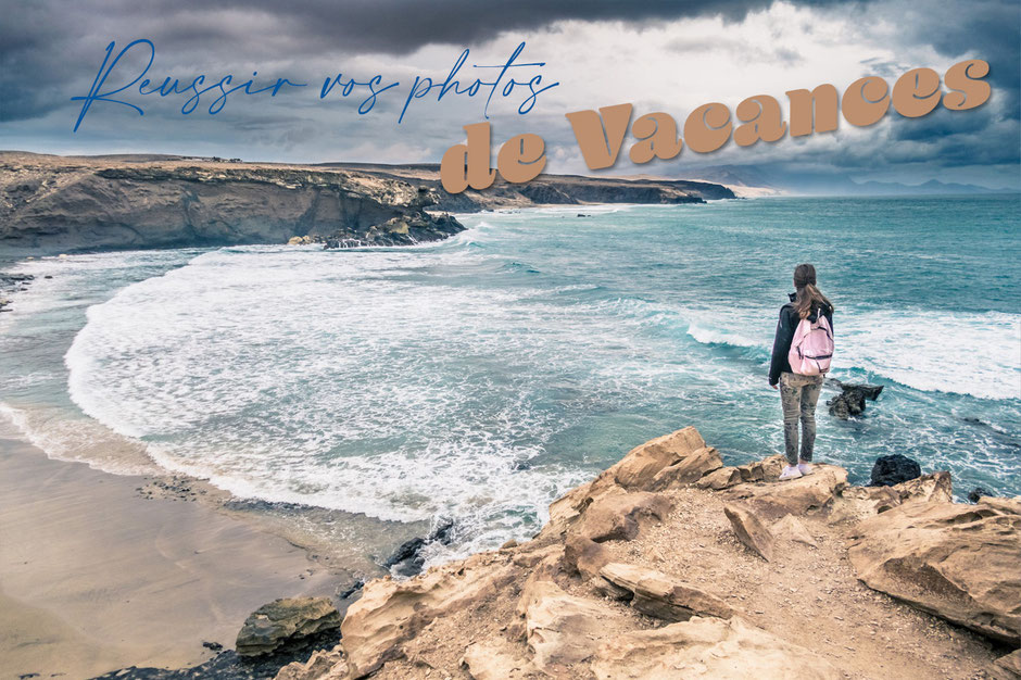 Comment réussir vos photos de vacances d'été - panorama sur une plage depuis une falaise