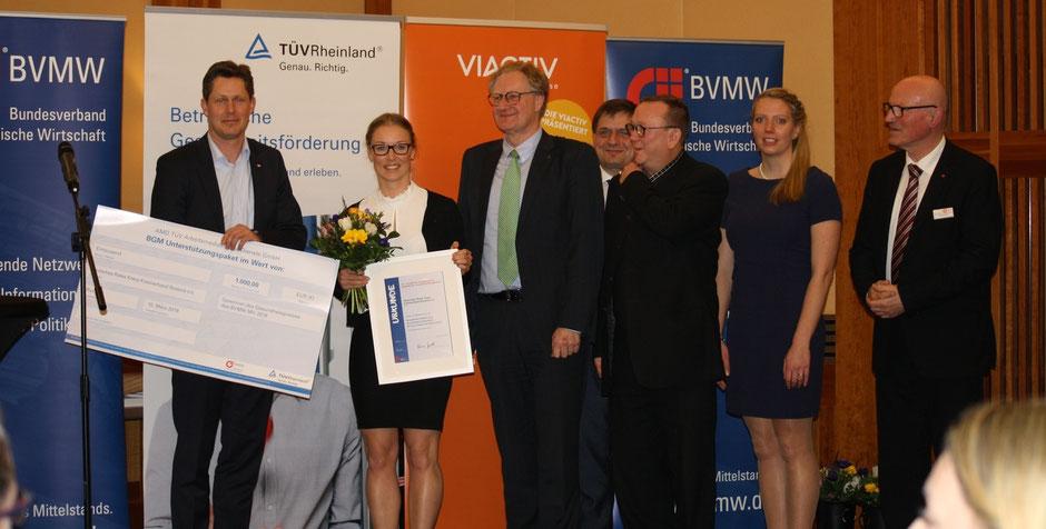Jürgen Richter (DRK), Josephine Zädow (DRK), Prof. Dr. Bodo Wiegand-Hoffmeister, Jörg Ehbrecht (BVMW), Tammo Kastius (Klartext e.V.), Dajana Grossmann (AMD TüV Rheinland), Werner Röpert (BVMW), v.l. ,  Foto: Manuela Kuhlmann