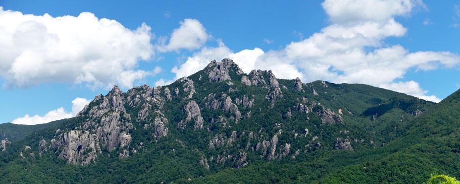 摩子の山から瑞牆山
