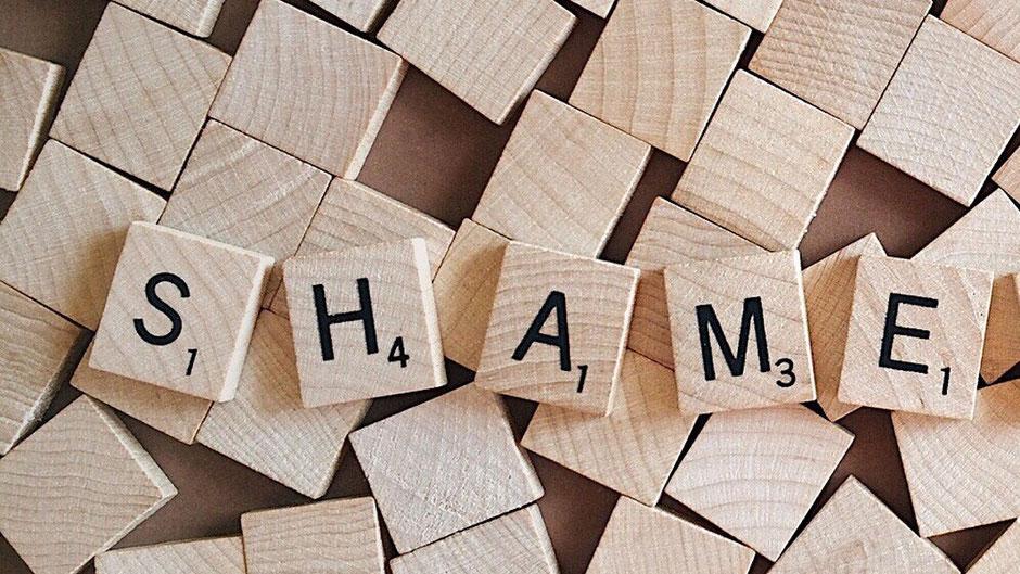 Felicitas Römer Paartherapie Psychotherapie Hamburg Bergedorf Mobbing Cybermobbing