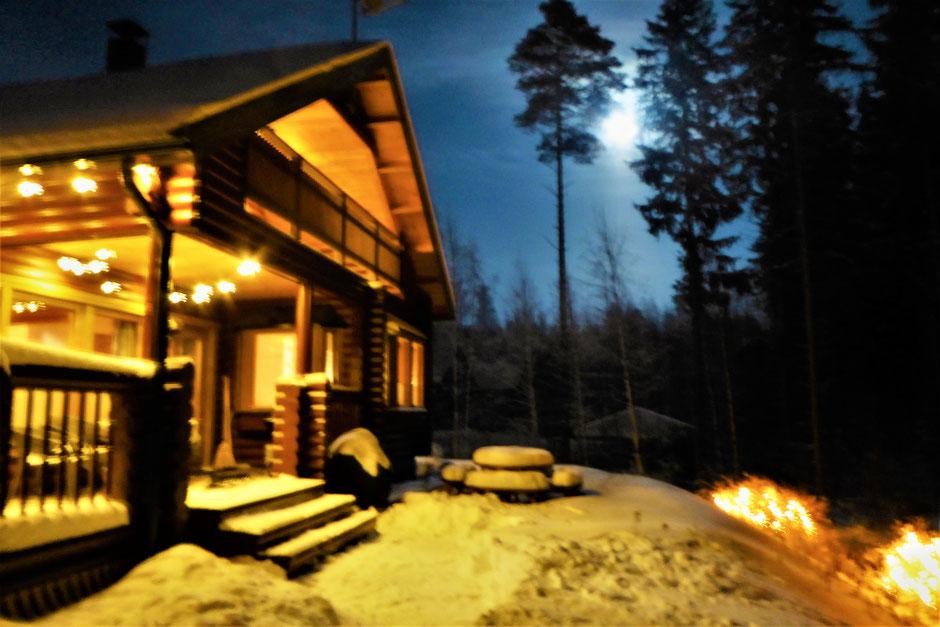 Blockhaus Sauna Nacht Winter Finnland
