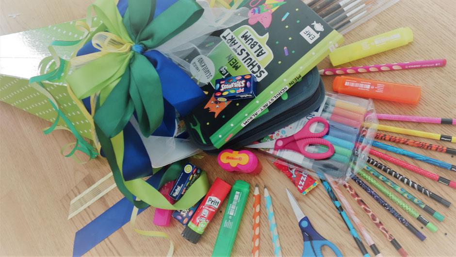 Schultüte Einschulung Stifte Kleber Schere Süßigkeiten