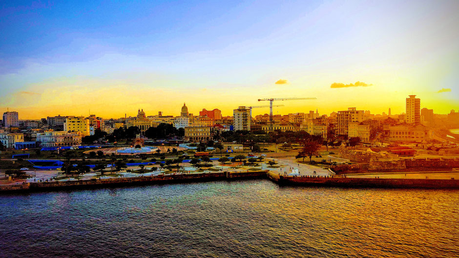 coucher de soleil cubain à la havane