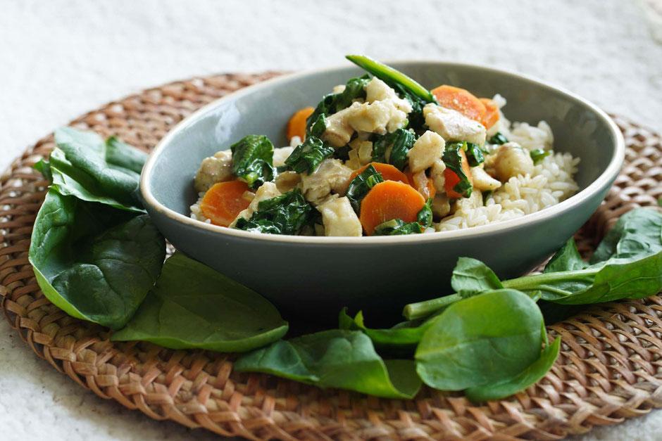 Fischcurry mit Spinat | exotisch & schnell zubereitet