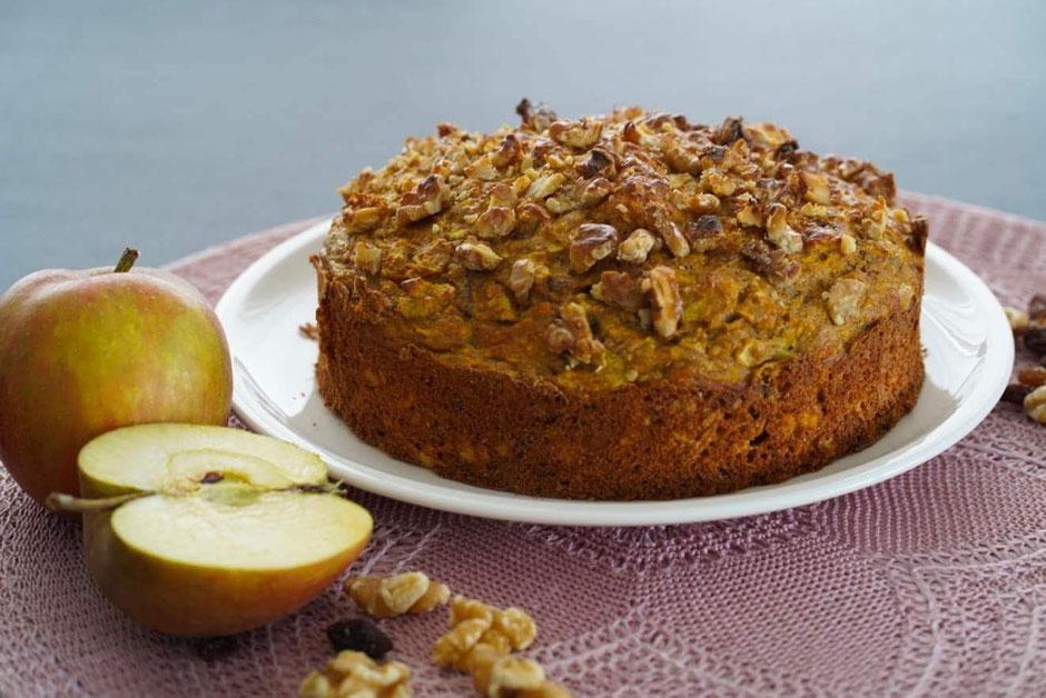 Kürbis-Walnuss-Kuchen | clean und natürlich gesüßt