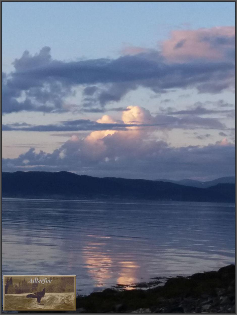 Fastzinierend, die Unendlichkeit des Himmels und des Wassers