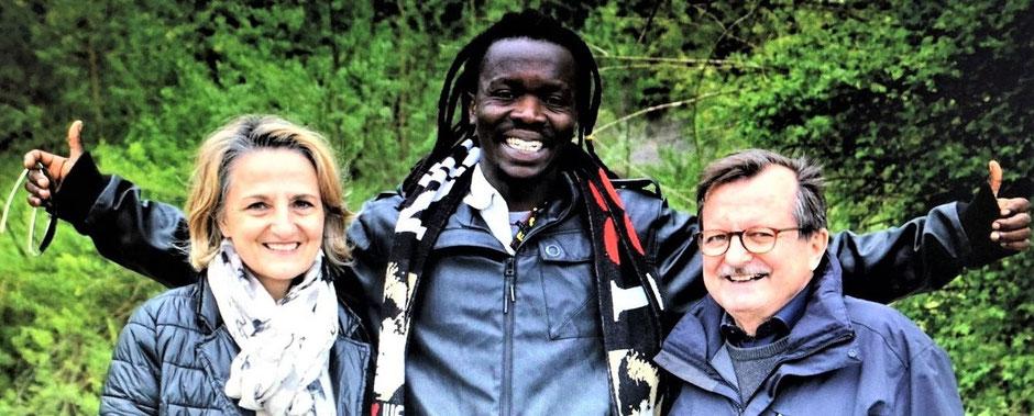 Die drei Gründungspersonen des Projekts FRANZISKUS während des Praktikums von Eric Ndikumana im Jugendhilfe-Netzwerk Integration