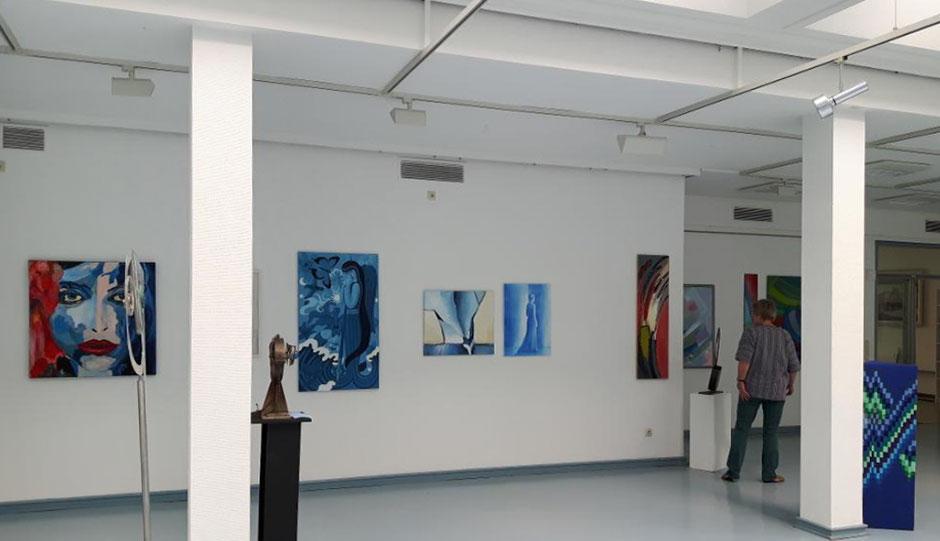 """Ausstellung """"BLAU"""" Kunstkreis Siegerland im Haus Seel, 2017, Bilder verschiedener Mitglieder"""