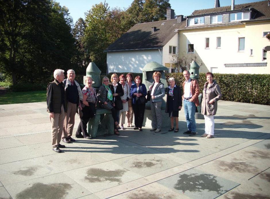 Mitglieder des Kunstkreis Siegerland zu Besuch im Max Ernst Museum, Brühl, 2015