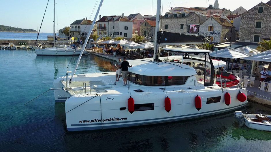 lagoon charter pitter yachting skippertraining primosten