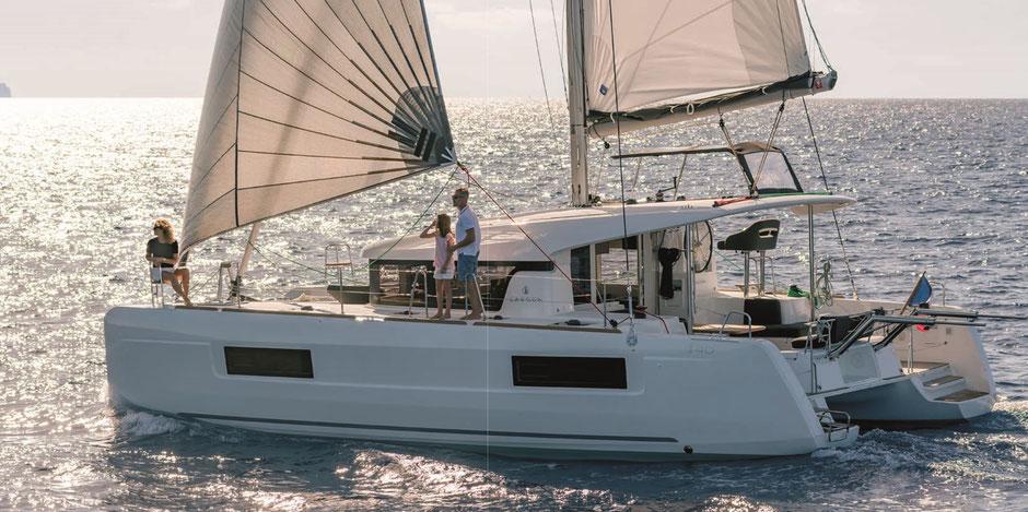 Katamaran Lagoon 40, Katamaran, Katamarantrainiing, hochseesegeln, Segelurlaub, Segelreisen, Charter, chartern, mieten, funinvest