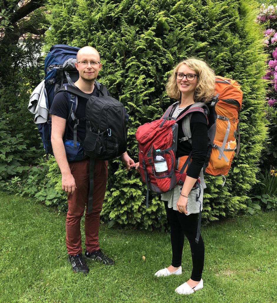 Travelbees World trip begins