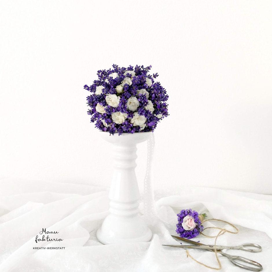 Sommerdekoration Lavendelkugel DIY
