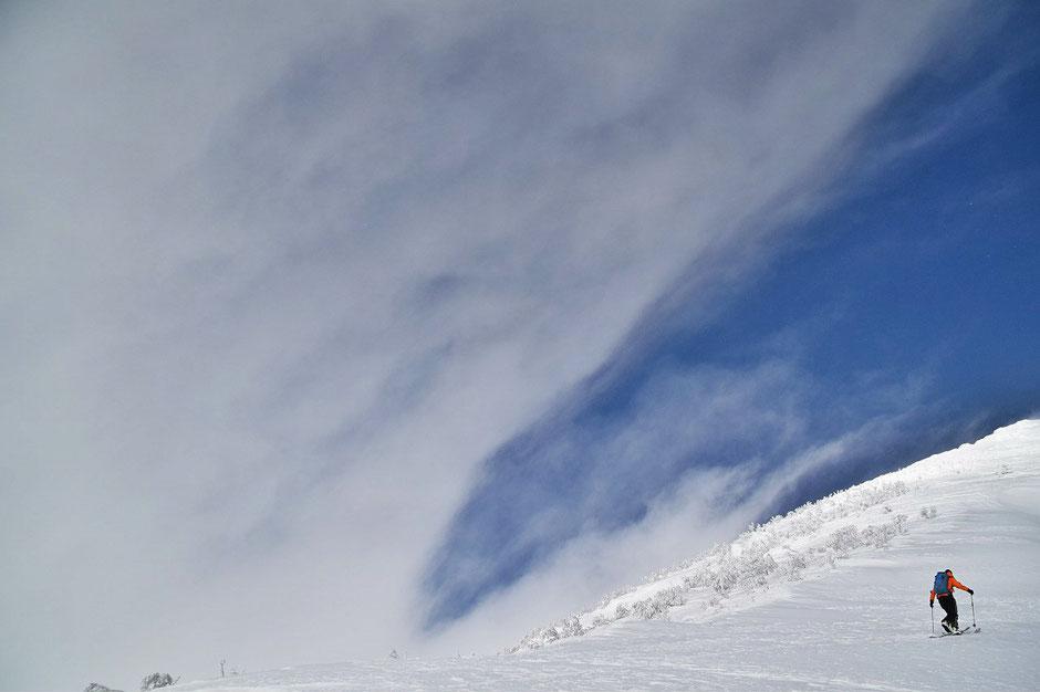 backcountry-skiing-hokkaido-guide-mt-yotei