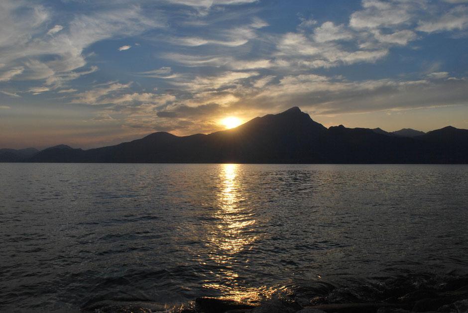 Abendlicher Blick, aus der Region Pai, am Ostufer des Sees