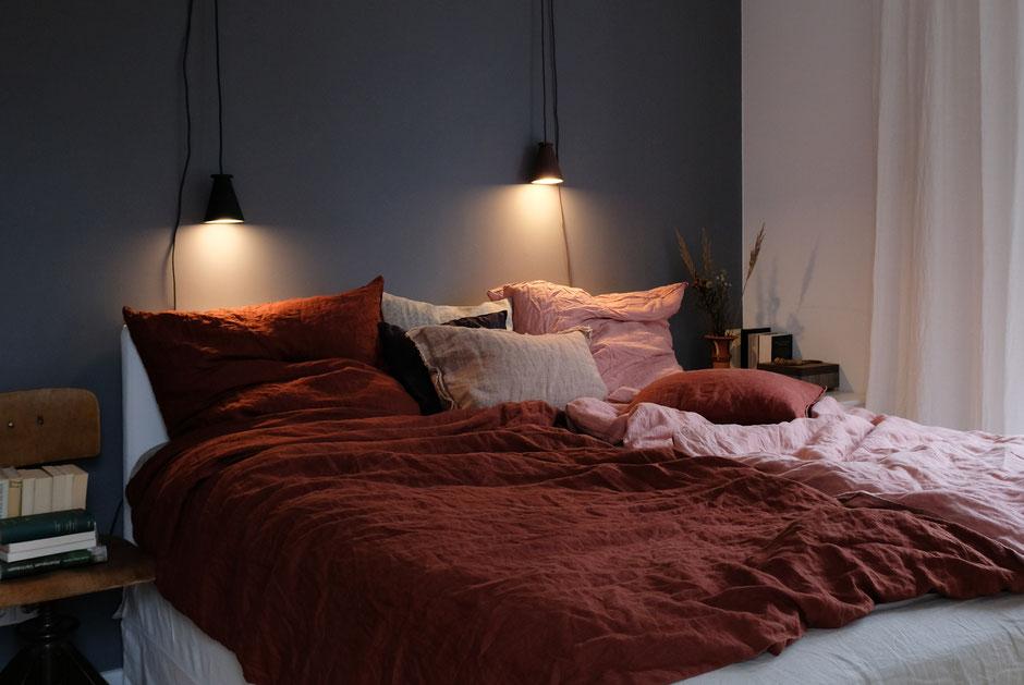 dieartigeBLOG - Schlafzimmer, Leinenbettwäsche in Rost + Rosé