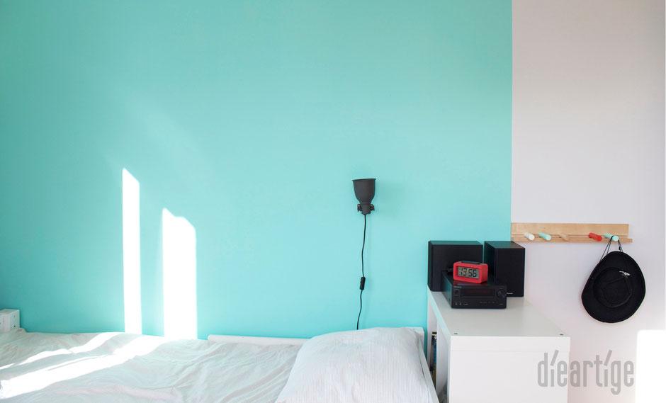 dieartigeBLOG - Kinderzimmer Upgrade | Jugend-Jungen-Zimmer | Wand in Mint, Hellgrau, Weiß