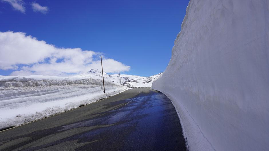 Es hat teilweise noch mächtig Schnee