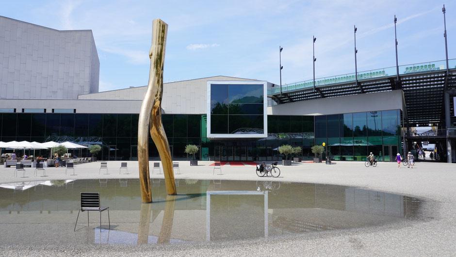 Festspielhaus Bregenz mit Ready Maid und Cannondale Cross