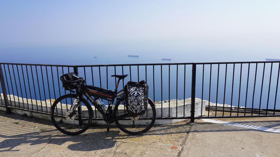Feiner Ausblick auf die Meeresstraße ...
