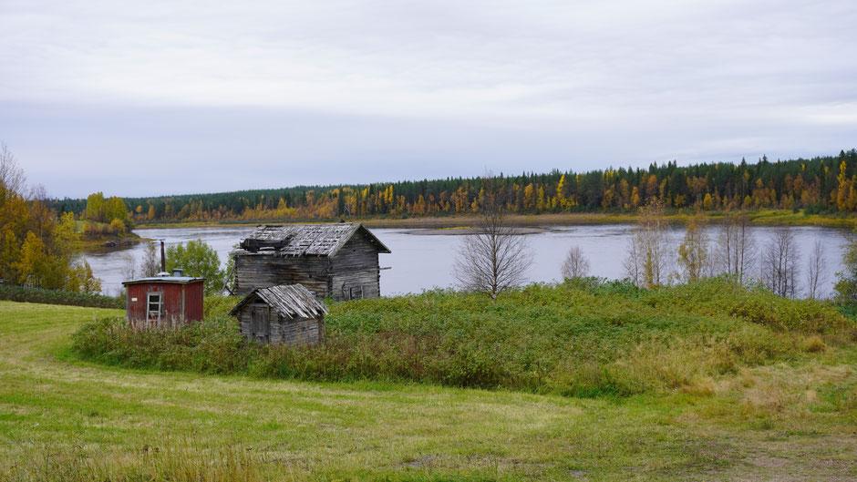 Ein schöner Platz am Fluss, doch das Anwesen ist schon lange aufgegeben ...