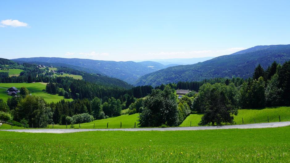 Ausblick über die Grenze nach Slowenien