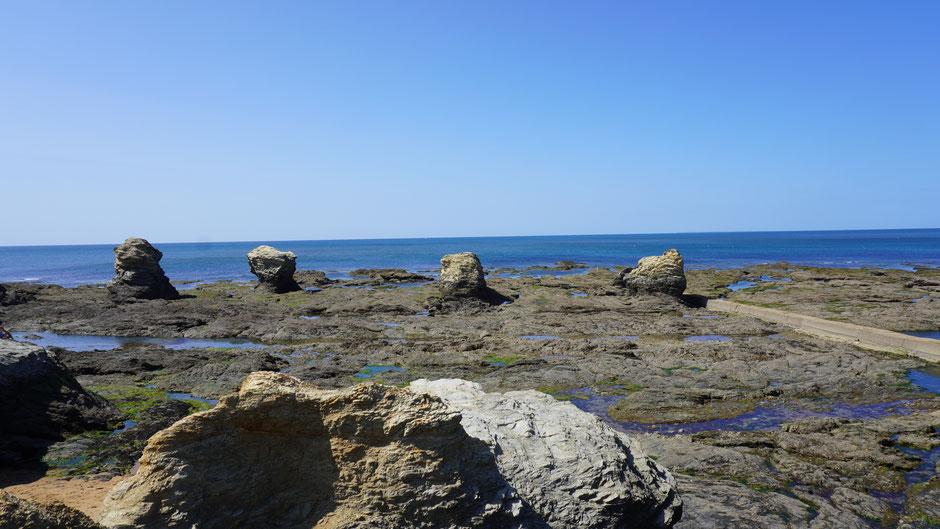 Beeindruckende Felsformationen an der Küste