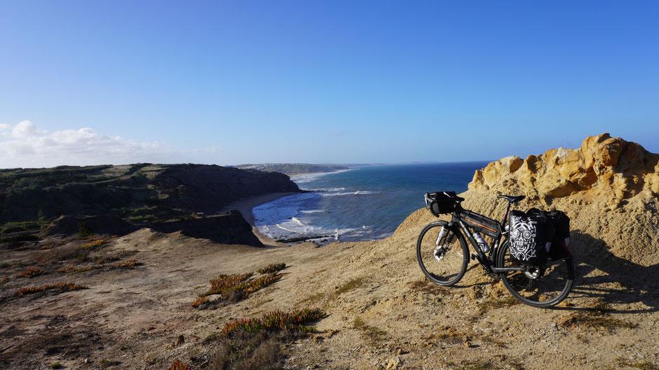 Ausblick auf eine schöne Küste und einen tollen Tag