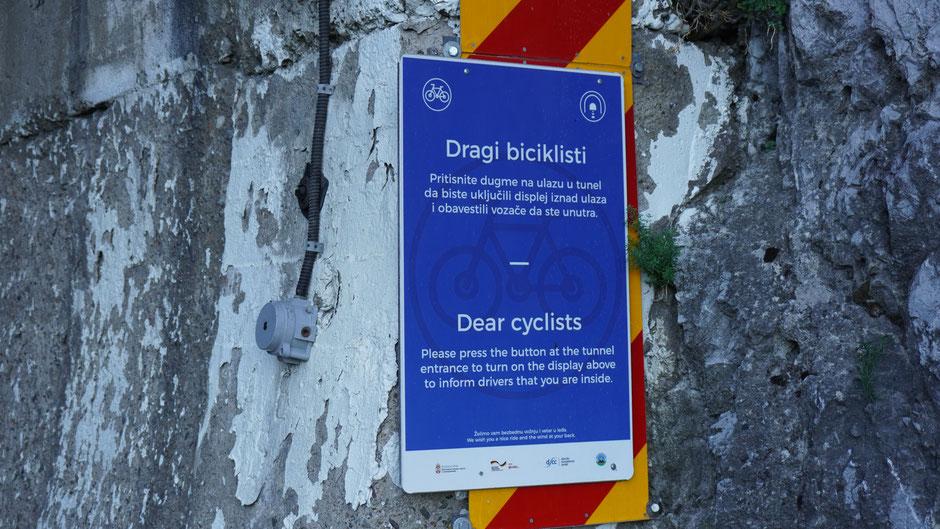 Eine interessante Variante zur Sicherheit für Radfahrer in einem Tunnel ...